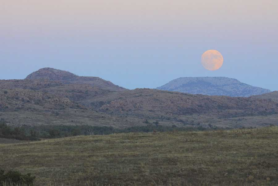 landscape photography super moon mt scott wichita wildlife refuge